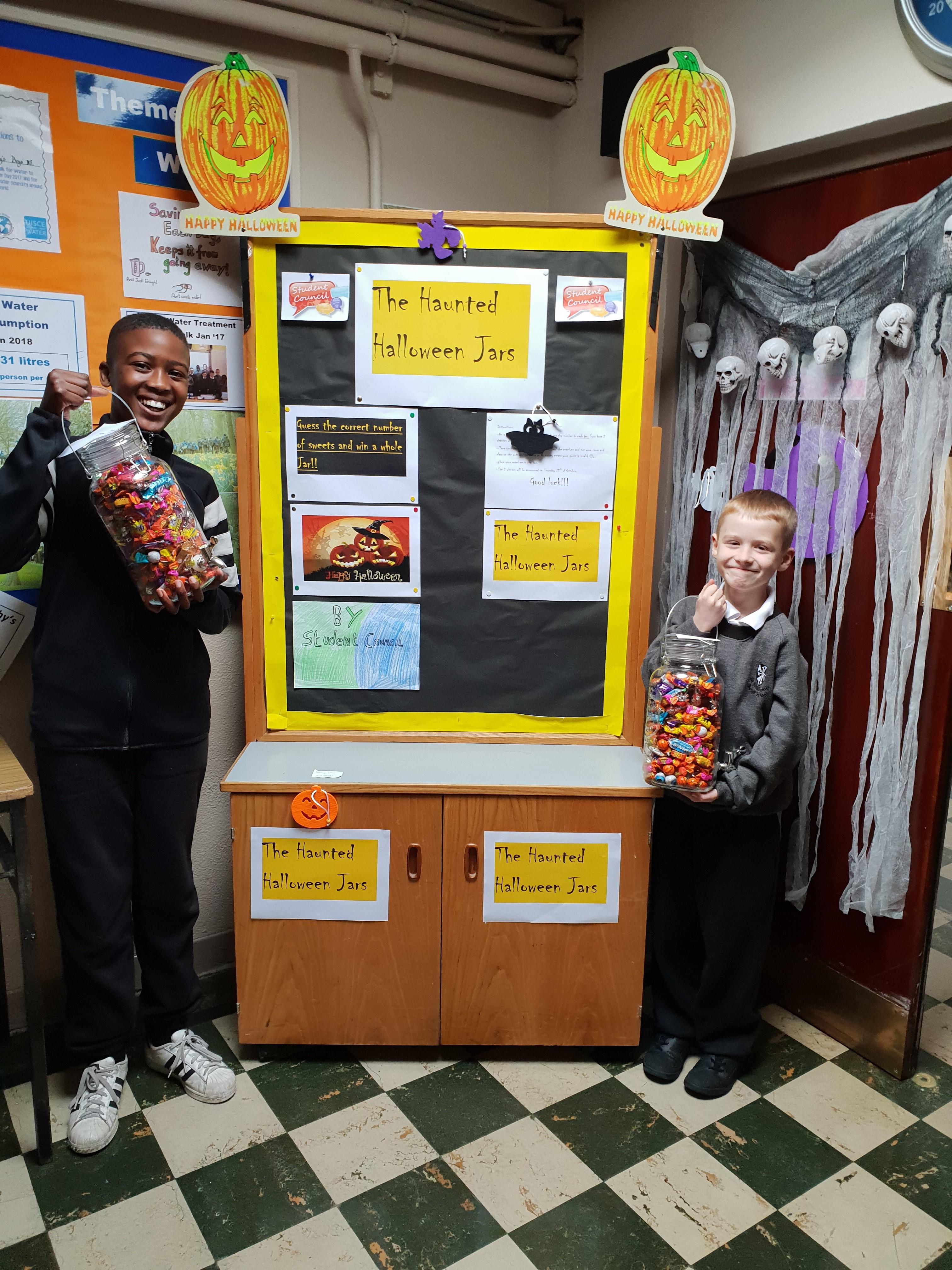 Halloween Sweet Jar Winners2